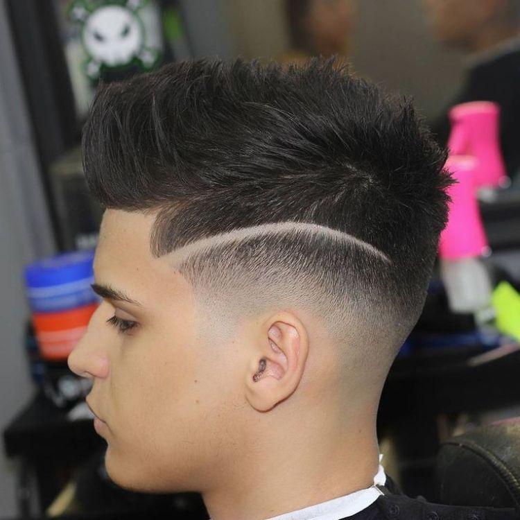 coiffure homme avec trait