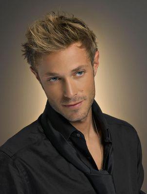 coiffure homme blond