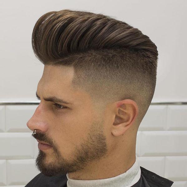coiffure homme en arriere