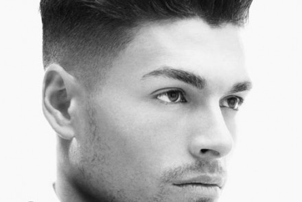 coiffure homme grand front