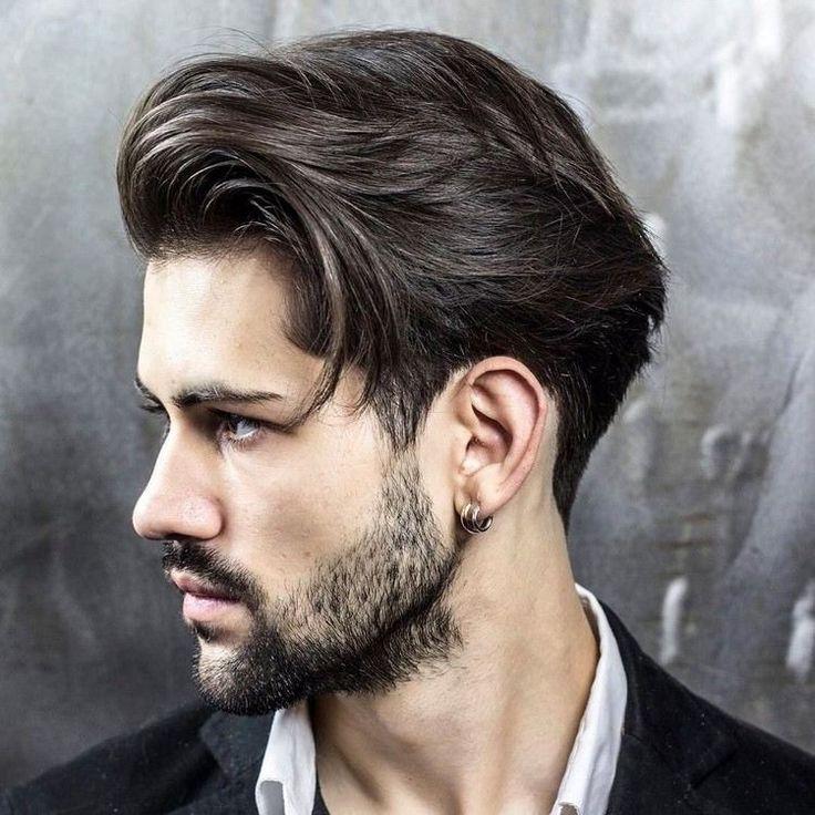 coiffure homme noir cheveux long
