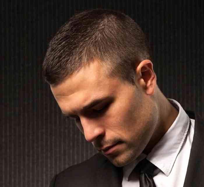 coupe de cheveux homme a la tondeuse