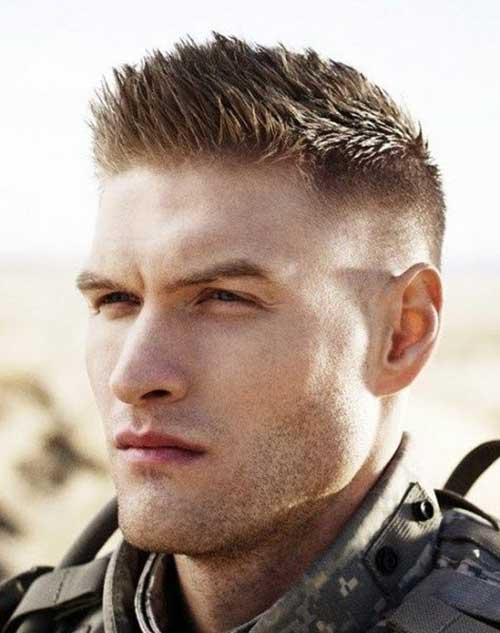 coupe de cheveux homme court militaire