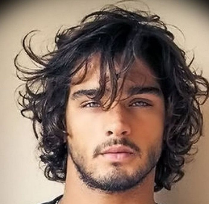 coupe de cheveux homme curly