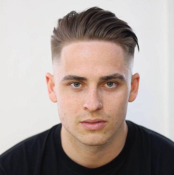 coupe de cheveux homme vers l'arriere - Coupe pour homme